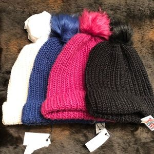 Treasure & Bond 4 Piece Beanie Bundle